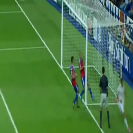 Gareth Bale Passes to Himself For A Brilliant Goal