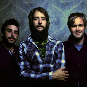 """Watch Band of Horses Perform New Track """"Long Vows"""""""