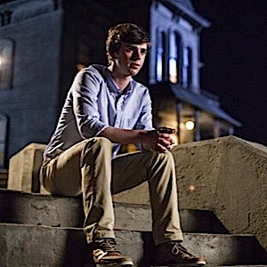 "<i>Bates Motel</i> Review: ""Shadow of a Doubt"""