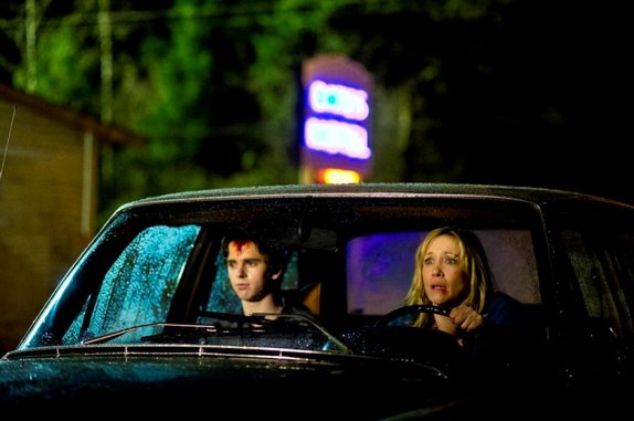 """<i>Bates Motel</i> Review: """"The Truth"""" (Episode 1.06)"""