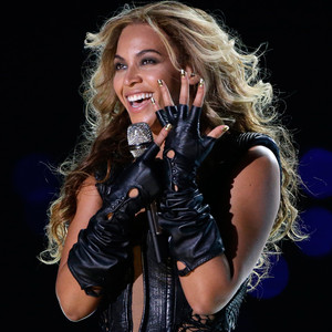 Beyoncé Announces World Tour