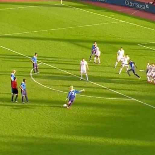 Brek Shea Whips a Free Kick Into the Top Corner
