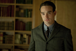 <i>Boardwalk Empire</i>'s Charlie Cox to Star in New CBS Drama