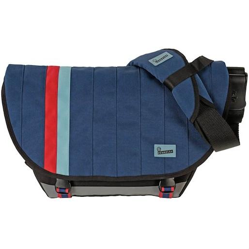 Gear Geek: Seven Essential Travel Shoulder Bags