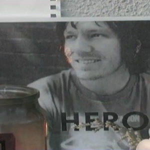 New Elliott Smith Doc Needs Funding, Has Trailer
