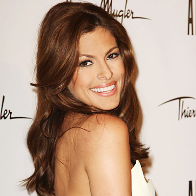 Eva Mendes to Launch Fashion Line with New York & Company