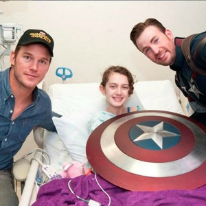 Chris Evans Dresses as Captain America for Children's Hospital Visit with Chris Pratt
