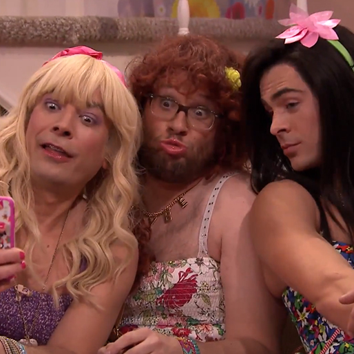 Seth Rogen, Zac Efron Turn Tween for Jimmy Fallon's <i>Ew!</i>