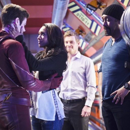 "<i>The Flash</i> Finale Review: ""Fast Enough"""