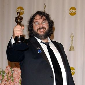 Peter Jackson Responds to Allegations of Unsafe Conditions for Animals in &lt;i&gt;The Hobbit&lt;/i&gt;