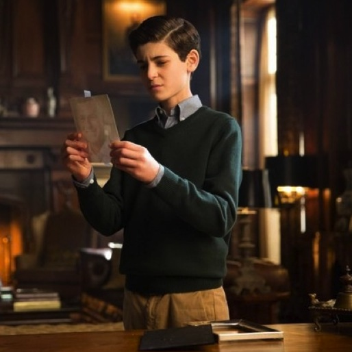 "<i>Gotham</i> Review: ""All Happy Families Are Alike"""