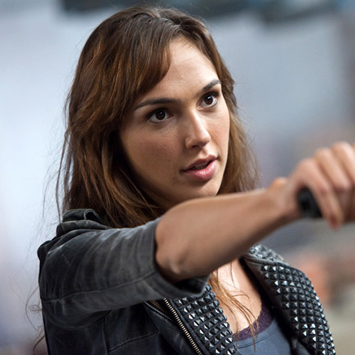 Gal Gadot, Warner Bros.' Three-Picture Deal Includes <i>Wonder Woman</i> Film