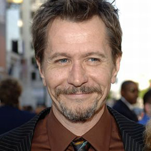 Gary Oldman to Join Cast of <i>RoboCop</i> Remake