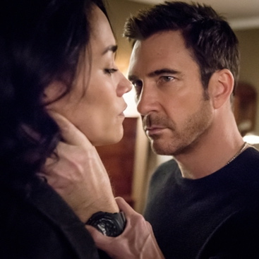 """<i>Hostages</i> """"Suspicious Minds"""" and """"Endgame"""" Review (Episodes 1.14 and 1.15)"""