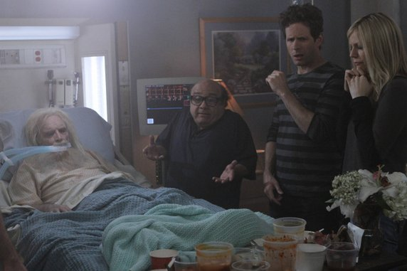 "<i>It's Always Sunny in Philadelphia</i> Review: ""Pop-Pop: The Final Solution"" (Episode 8.01)"