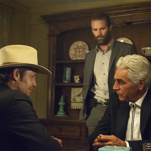 "<i>Justified</i> Review: ""The Trash and the Snake"""