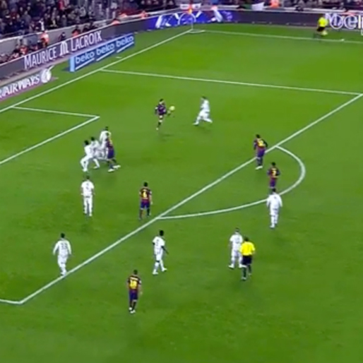 Leo Messi Spins 360 Degrees to Bring the Ball Down and Score