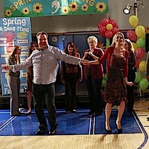 "<i>Modern Family</i> Review: ""Spring-a-Ding-Fling"" (Episode 5.16)"