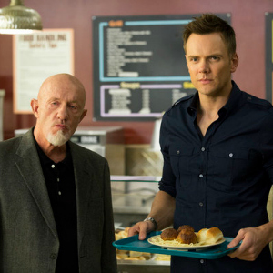 "<em>Community</em> Review: ""Repilot""/""Introduction to Teaching"" (Episodes 5.01 & 5.02)"