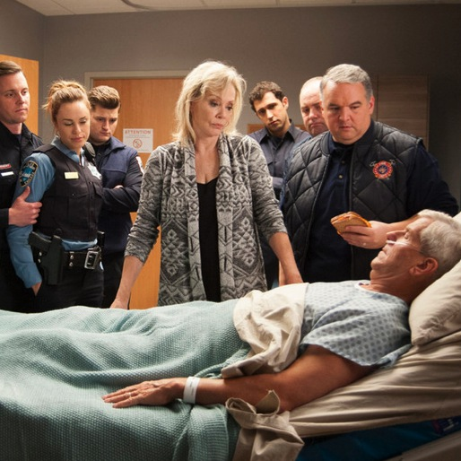 "<i>Sirens</i> Review: ""Six Feet Over/Under"""