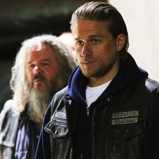 "<i>Sons of Anarchy</i> Review: ""Smoke 'Em if You Got 'Em"""