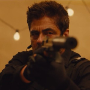 Emily Blunt Takes on the War on Drugs in <i>Sicario</i> Trailer
