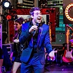 "<i>The Crazy Ones</i> Review: ""Zach Mitzvah"" (Episode 1.16)"
