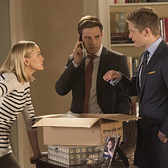 "<i>The Good Wife</i> Review: ""The Next Day"" (Episode 5.06)"