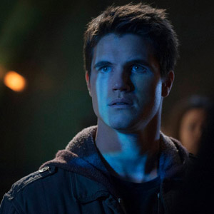 """<i>The Tomorrow People</i> Review: """"In Too Deep"""" (Episode 1.02)"""