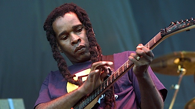 Vernon Reid Plays With Living Colour In 2001