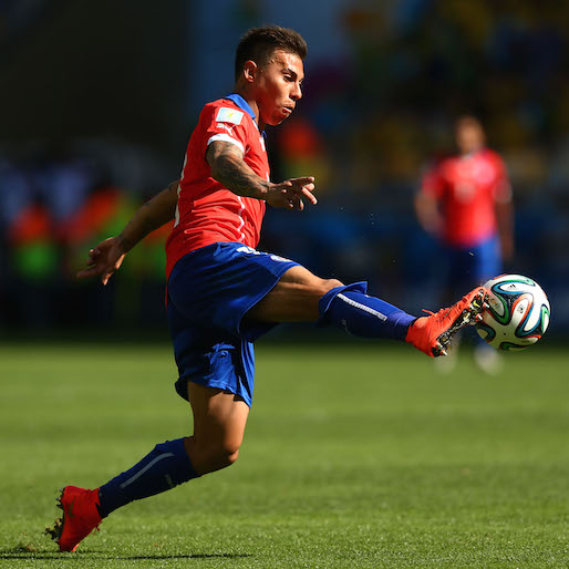 Watch Eduardo Vargas' lethal, gorgeous, incredible wonder-strike for Chile