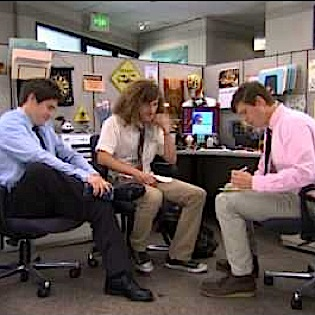 """<i>Workaholics</i> Review: """"The One Where the Guys Play Basketball and Do The """"Friends"""" Title Thing"""""""