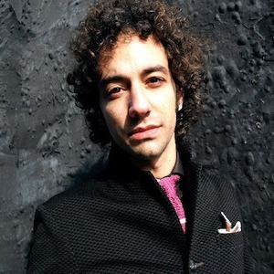 "Albert Hammond Jr. Releases New Track ""Rude Customer"""