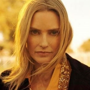 "Listen to Aimee Mann's New Single ""Charmer"""