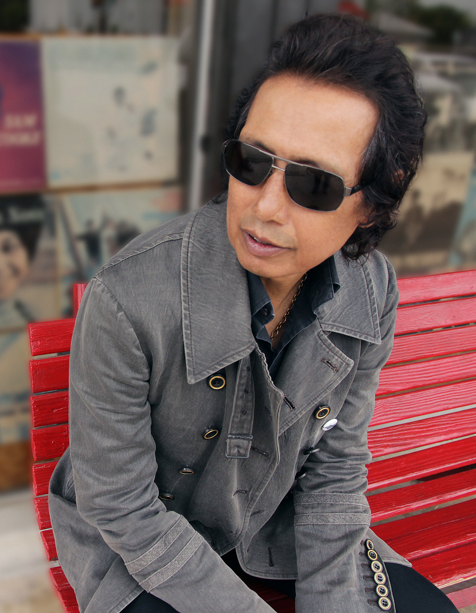 Catching Up With Alejandro Escovedo