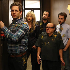 "<em>It's Always Sunny in Philadelphia</em> Review: ""The Gang Squashes Their Beefs"" (Episode 9.10)"