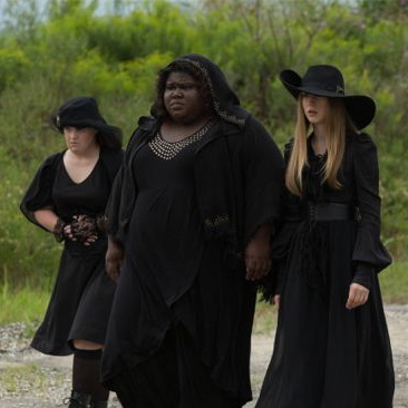 """<i>American Horror Story: Coven</i> Review: """"Burn, Witch. Burn!"""" (Episode 3.05)"""