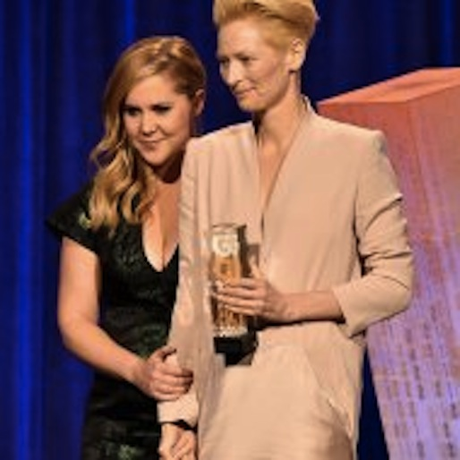 Watch Amy Schumer Pay Tribute To Tilda Swinton