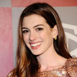 Anne Hathaway to Star in Christopher Nolan's <i>Interstellar</i>