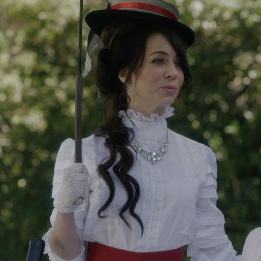"""<i>Another Period</i> Review: """"Switcheroo Day"""" (1.07)"""