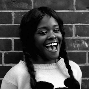 "Azealia Banks Shares New Self-Released Track ""Chasing Time"""
