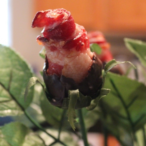Pin-Win: How to Make Bacon Roses for Valentine's Day