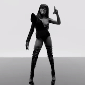 """Watch Azealia Banks Pay Homage to Hip Hop Greats in New Video for """"Chasing Time"""""""