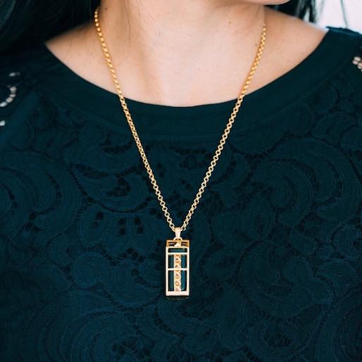 Bezel & Bytes Brings Style to Wearable Tech