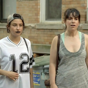 "<i>Broad City</i> Review: ""In Heat"""