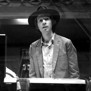 Beck Announces Summer Dates