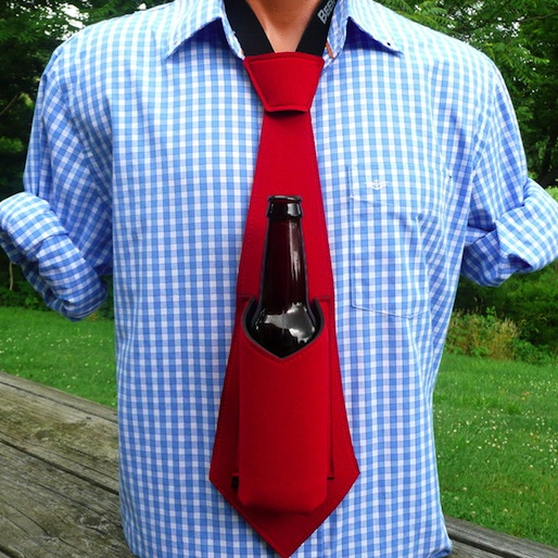 The Beer Tie: A Seriously Classy Hands Free Koozie
