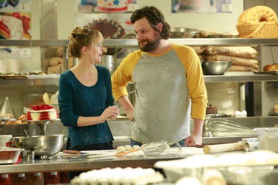 "<i>Ben and Kate</i> Review: ""Bake Off"" (Episode 1.13)"
