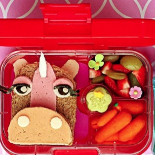 These Parents Are Competing for Cutest, Healthiest Lunch
