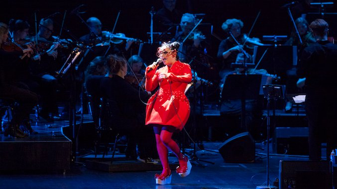 Björk to Release New DVD of <i>Later With Jools Holland</i> Performances
